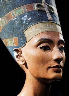 NefertitiSculpt Liquid facelift